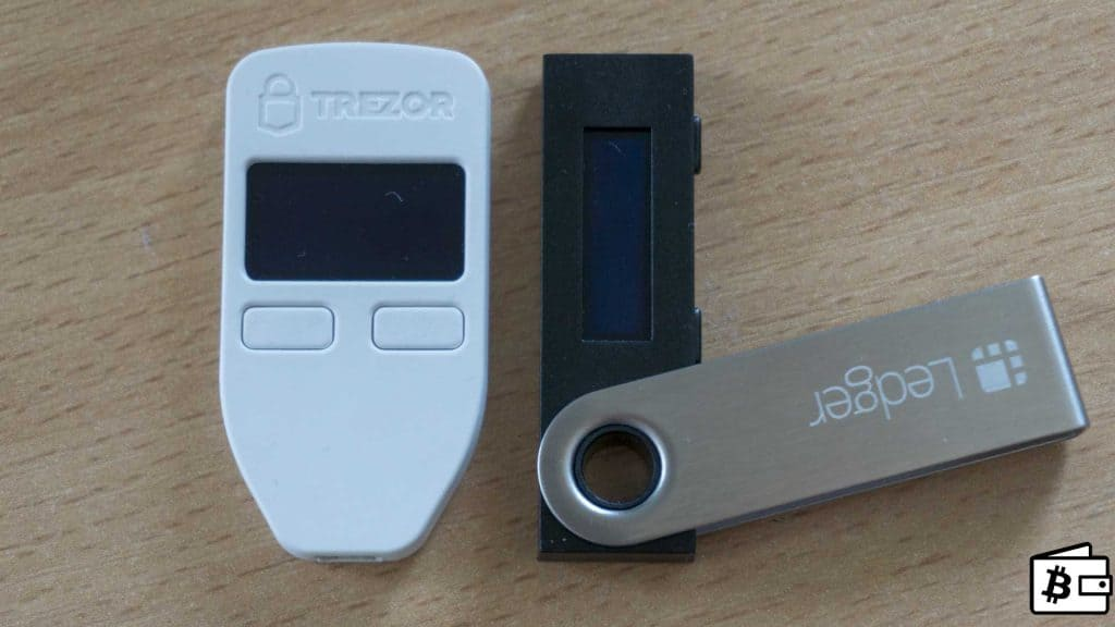 /Users/tc/Pictures/Photos Library.photoslibrary/Masters/2018/03/28/20180328-120515/Ledger-Nano-S-vs-Trezor-Hardware-Wallet-Comparison-front-side.jpg